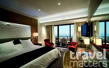 Oferte hotel Amathus Beach