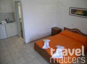 Oferte hotel Tarelis Apartments & Studios