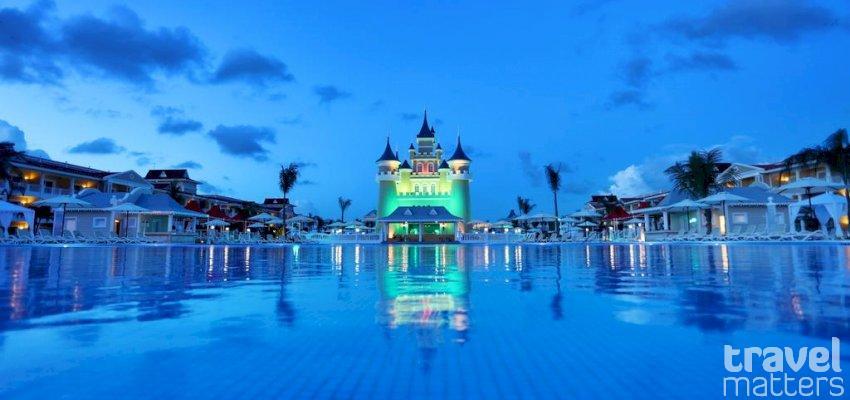 Oferte hotel luxury bahia principe fantasia republica for Hotel luxury bahia principe fantasia