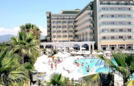 oferta last minute la hotel Holiday Garden Resort