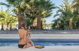 oferta last minute la hotel Mediterranean White (ex Mediterranean Royal)